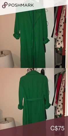 Everything about this is stunning but it is too big for me. Never worn, bought a US 2 but fits big. Topshop Jackets, Plus Fashion, Fashion Tips, Fashion Trends, Trench Coats, Emerald Green, Jackets For Women, Big, Closet
