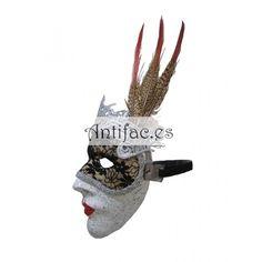 d3e663f89 Máscara con pluma y antifaz de encaje incorporado