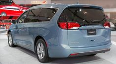 Chrysler Pacifica Hybrid gets a green light as 'Best Car to Buy'  ||  The Chrysler Pacifica is getting a green light from the editors of Green car Reports. They've chosen the 2018 model as the 'Best Car to Buy.' http://www.cbc.ca/news/canada/windsor/chrysler-pacifica-hybrid-gets-a-green-light-as-best-car-to-buy-1.4403170?utm_campaign=crowdfire&utm_content=crowdfire&utm_medium=social&utm_source=pinterest