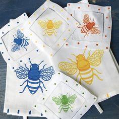 Lemondaisy Bees are now buzzing in the shop. Perfect gift for the garden lover🐝. Bee Gifts. Bee Tea Towels   Bee Cocktail Napkins 😊 #bees #🐝 #garden #gardengifts #cocktails #teatowels #springgifts #mothersdaygifts #gardenlovers #gardenparty #savethebees #honeybees #cocktailnapkins #drinksinthegarden #pollinators #beesofinstagram