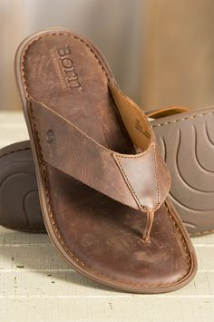 The Zain Sandals are made of premium full grain leather, and they're leather-lined for a soft, cushioned feel that makes walking a pleasure.