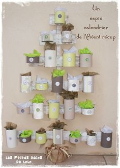 """calendar Avent """"recycled cans"""" Christmas Love, Christmas Countdown, All Things Christmas, Winter Christmas, Advent Calenders, Diy Advent Calendar, Clay Christmas Decorations, Holiday Crafts, Christmas Activities"""