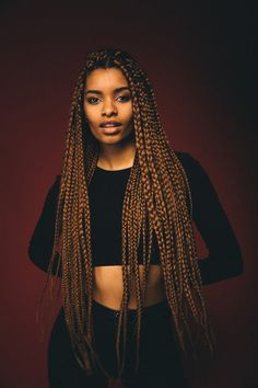 Also known as box braids, poetic justice braids are adored by most women with short and long hair. Ladies with curly or frizzy hair in particular,are fond of Brown Box Braids, Big Box Braids, Box Braids Styling, Dookie Braids, Coloured Box Braids, Black Braids, Styling Tips, Brown Hair, Poetic Justice Braids