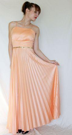 ViNtAgE 70s  DRESS // pleated peach by somethingborrowedvtg, $80.00