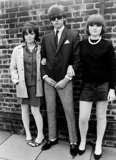 A young teenage Mod, posing with two girls, Streatham, London, UK.