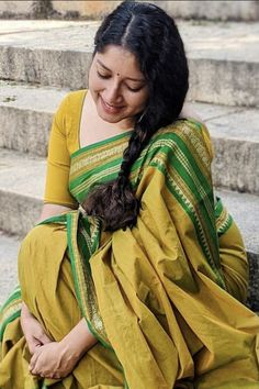 Aunty In Saree, Saree Photoshoot, Saree Models, Ethnic, Bollywood, Fat, Beautiful Women, Actresses, Girls