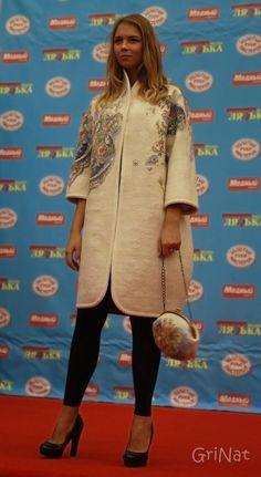 В рамках выставки ' Золотые руки мастеров' состоялся показ коллекции одежды и аксессуаров 'Душевные мотивы'. Автор Наталия Гришаева (GRINAT).