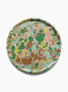 The tray Marble by Karin Elvy is this weeks friday favorite! Absolutely wonderful! #nordicdesigncollective #karinelvy #tray #homedecor #interior #serve #serving #servingtray #marble #pastel #kitchen #fika #coffee #fika #fikapaus #watermarble #marmorering #green #pink #beige #turquoise #circle #round #shape #friday #fridayfavorite