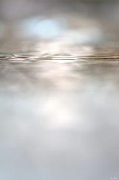 Tomomichi MORIFUJI [aka ARHA ] :: surface of the water at the village of the rainbow, 2012