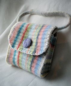 Small bag from a felted wool sweater - inspiring pic