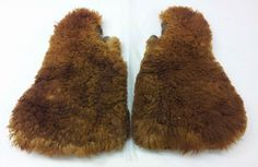 Men's Mittens, 19th c., Bison Hide & Fur, Farmers' Museum, Cooperstown, NY. - See more at: http://twonerdyhistorygirls.blogspot.com/2014/12/big-furry-mittens-from-19th-c.html#sthash.xP4T7bSo.dpuf