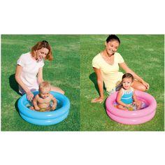 De zomer is voor velen het mooiste seizoen dat er is! Maar dit is nu ook het geval voor baby's. Met dit mini 2-rings zwembadje kunnen de allerkleinsten lekker badderen in de tuin. Het mini 2-rings zwembadje is 61x15cm groot en ziet er erg schattig uit. Het zwembadje is verkrijgbaar in de kleuren roze en blauw.