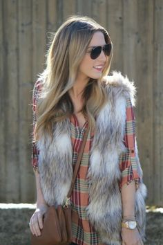 How To Wear Plaid This Fall   theglitterguide.com