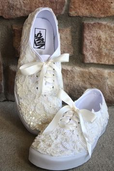 His, Hers and Ours DIY: WEDDING VANS