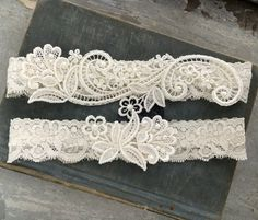 24 exquisite wedding garters for perfect wedding look pinterest ivory lace wedding garter set lace bridal garter vintage inspired garter belt with toss garter s solutioingenieria Images