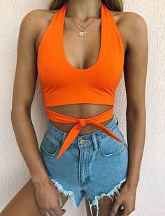 25 Best Orange Clothes for Women - Mode - Orange Summer Shorts Outfits, Summer Fashion Outfits, Summer Outfit, Concert Outfit Summer, Summer Jeans, Coachella Outfit Ideas, Trendy Fashion, Style Fashion, Dress Summer