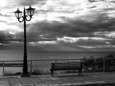 black and white Outdoor Furniture, Outdoor Decor, My Photos, Bench, Explore, Black And White, Park, Home Decor, Garden Furniture Outlet