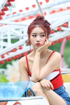 Noticias Kpop Girl Groups, Korean Girl Groups, Kpop Girls, First Girl, My Girl, Lovelyz Mijoo, Cute Skirt Outfits, Girl Korea, Poses