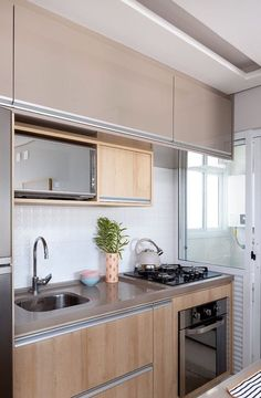 3 Simple Improvement Ideas For Your Kitchen Space – Home Dcorz Kitchen Room Design, Home Decor Kitchen, Interior Design Kitchen, Kitchen Furniture, Home Kitchens, Kitchen Modular, Small Apartment Kitchen, Cuisines Design, Kitchen Remodel