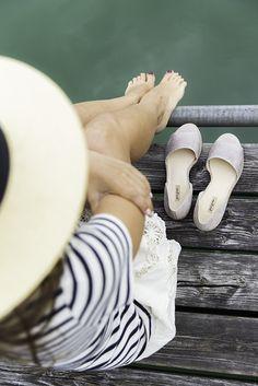 Wenn Zeit keine Rolle spielt und du mit Paul Green die Sonnenstunden genießt… Dna, White Shorts, Beach, Party, Style, Fashion, Paul Green Shoes, Good Mood, Cloakroom Basin