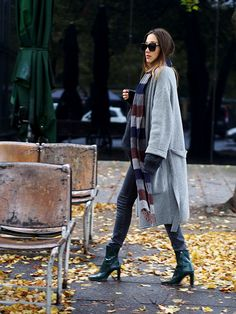 #cosy #cozy #casual #layering #style #oversized #oversize #setfashion #closed #knit #knitwear #wool #cardigan #streetstyle #berlin #autumn #fall #trends #classics #fashionblogger #boots #zara #helloshopping #ootd #instyle #whowhatwear #vogue #effortless #sophisticated