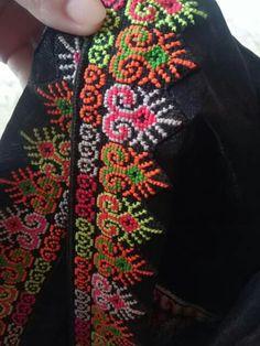 Cross Stitching, Cross Stitch Embroidery, Embroidery Patterns, Hand Embroidery, Cross Stitch Charts, Cross Stitch Patterns, Balochi Dress, Palestinian Embroidery, Crochet Cross