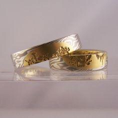 mokume gane rings with family crests & gold inlays 1 #jewellery #jewellerydesign #jewelleryonline #jewelleryset #jewelleryshops #bespoke #asschercut #diamond #diamondrings #style #sapphire #emerald #emeraldring #sapphirering #wedding #weddingrings #crests