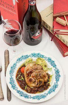 bucatar maniac: Friptura frageda de porc cu sos de vin rosu - Feteasca Neagra Floare de Luna