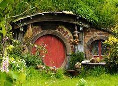 Hobbit home in New Zealand image via Namaste Cafe at www.Facebook.com/NamasteDharmaCafe