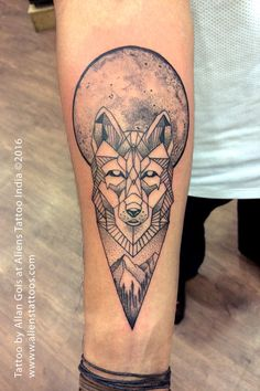 Geometrical Wolf tattoo done by Allan Gois at Aliens Tattoo India. Client got the design and wanted to get the same. However, we always like to be creative and wish that our clients get the best one. So we suggested a few changes to enhance the overall look of the tattoo. Be it the dot work, line art or the texture involved in this tattoo – Allan did a great job and the output was truly a gem. Our artists are consistently taking long strides and coming up with great concepts and giving…