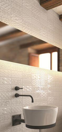 Het reliëf op deze tegels geeft een geweldig effect. Serie Rivoli van CottoceramiX.