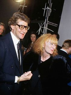 Sonia Rykiel et Yves Saint-Laurent en 1983 Ysl, Yves Saint Laurent, Sonia Rykiel, Christian Dior, Rive Gauche, French Fashion Designers, Celebs, Celebrities, Fashion History