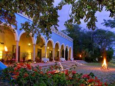 Tour Hacienda Santa Rosa, a Luxury Collection Hotel, Santa Rosa with our photo gallery. Our Santa Rosa hotel photos will show you accommodations, public spaces & more. Mexican Style Homes, Mexican Home Decor, Spanish Style Homes, Spanish House, Spanish Revival, Spanish Colonial, Hacienda Style Homes, Mexican Hacienda, Luxury Collection Hotels