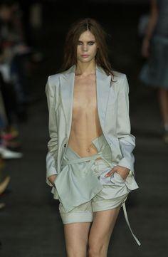 ☆ Adina Fohlin | Preen | Spring/Summer 2005 ☆ #Adina_Fohlin #Preen #Spring_Summer_2005 #Catwalk #Model #Fashion #Fashion_Show #Runway #Collection