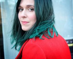 i wanna have a haircolor like that *_* but my hair doesn't cooperate (
