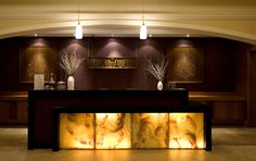 Reception Desk Luxury Spa Hotel Ankara - Swissotel Ankara - crop it to just show desk