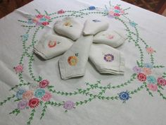 Linen Tablecloth Vintage Embroidery Hand Embroidered Pastel Flowers Floral Six 6 Napkins Table Tea Cloth Antique Linens 38 x 39