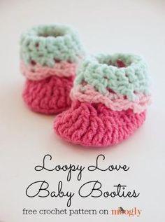 Loopy Love Newborn Baby Booties - free #crochet pattern by mrozanka