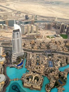 Highest of Heights- The Top of the Burj Khalifa - Madi Alexander by APIstudyabroad, via Flickr