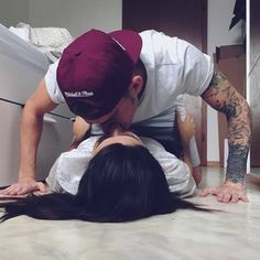 """Couple Lifestyle ™ on Instagram: """"Kissing on the floor ? #oursurething"""" http://www.rencontres-rondes.com/?siteid=1713452"""
