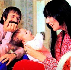Sonny & Cher and baby Chasity! Bono Family, The Cher Show, Cher Bono, I Got You Babe, Snap Out Of It, Star Wars, Lovey Dovey, Vogue Magazine, Lady And Gentlemen