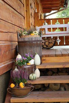 Fotoblogy - Všichni Garden Boxes, Porch Decorating, Fall Decor, Harvest, Kitchen Decor, Autumn, Table Decorations, Halloween, Flowers