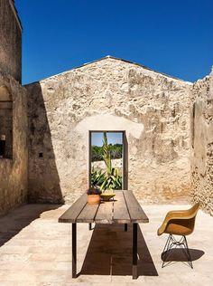 Have a seat Outdoor Spaces, Outdoor Living, Outdoor Decor, Infinity Homes, European Garden, Zen, Creative Architecture, Exhibition Stand Design, Starter Home