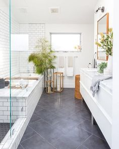 Bathroom decor for the bathroom renovation. Discover bathroom organization, master bathroom decor tips, bathroom tile a few ideas, master bathroom paint colors, and more. Home Interior, Bathroom Interior, Modern Bathroom, Small Bathroom, Bathroom Storage, Navy Bathroom, Dark Floor Bathroom, Bathroom Mirrors, Bathroom Organization