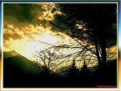 La valle nelle luci del tramonto