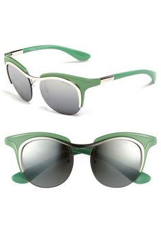 5d7c5662d3db0 Prada Retro Sunglasses Yerbabuena, Anteojos, Gafas, Lentes, Gafas De Sol De  Prada