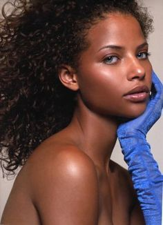 Beautiful Black Women Of Color http://www.artistdds.com/contact/
