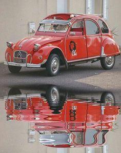 Classic Car News – Classic Car News Pics And Videos From Around The World Retro Cars, Vintage Cars, Antique Cars, Jaguar, Psa Peugeot Citroen, Automobile, Traction Avant, 2cv6, Cabriolet