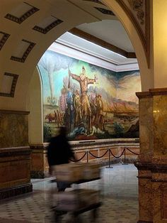 The Sunflower State blends rolling prairie, Western drama and city attractions.  KANSAS STATE CAPITOL, Topeka, Ks.