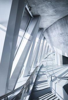Mercedes Benz Museum, Berlin - UN Studio 2006... ohhh how I wish